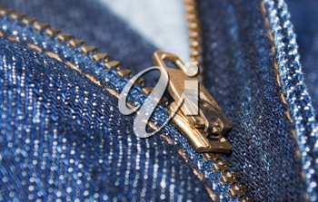 Golf zipper on the fashion blue jeans