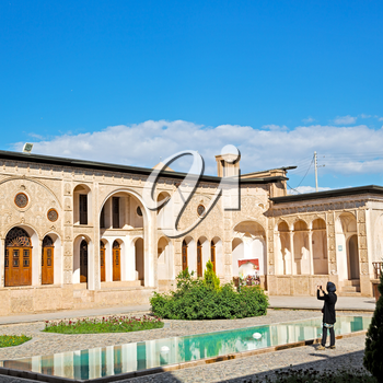 blur in iran the antique  royal  house incision and historic place