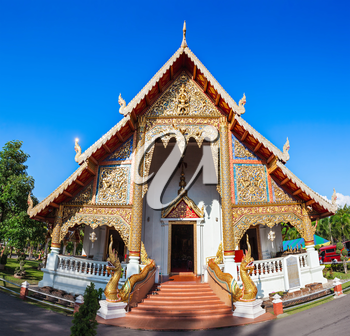 Wat Chedi Luang Temple in Chiang Mai, nothern Thailand