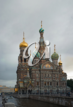 Vertical panorama, view from the party of the channel of Griboedov on the Temple of Revival of Christoff in the city of St. Petersburg, Russia.