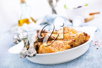 baked chicken legs with spica and fresh salad